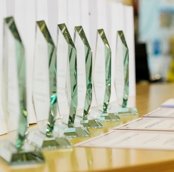 Wręczenie nagród dla młodzieży szkolnej