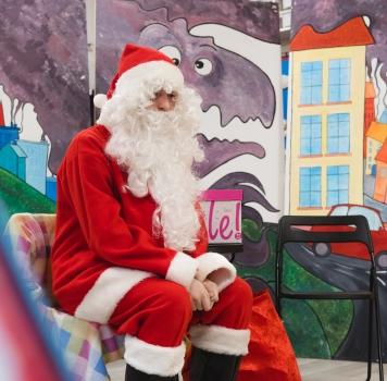 Z Mikołajem w Maluchu